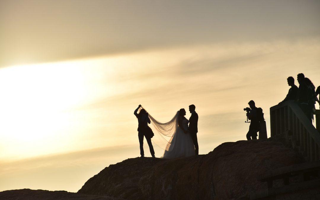 6 Tools Every Wedding Photographer Needs
